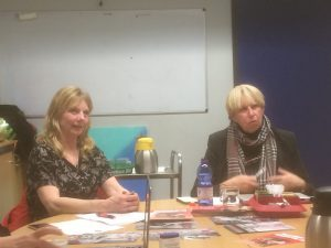 Links Hennie Wiersma den Dulk en recht Jacqueline van den Bergh